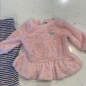 Baby Juicy Couture Pink sweater and pant set